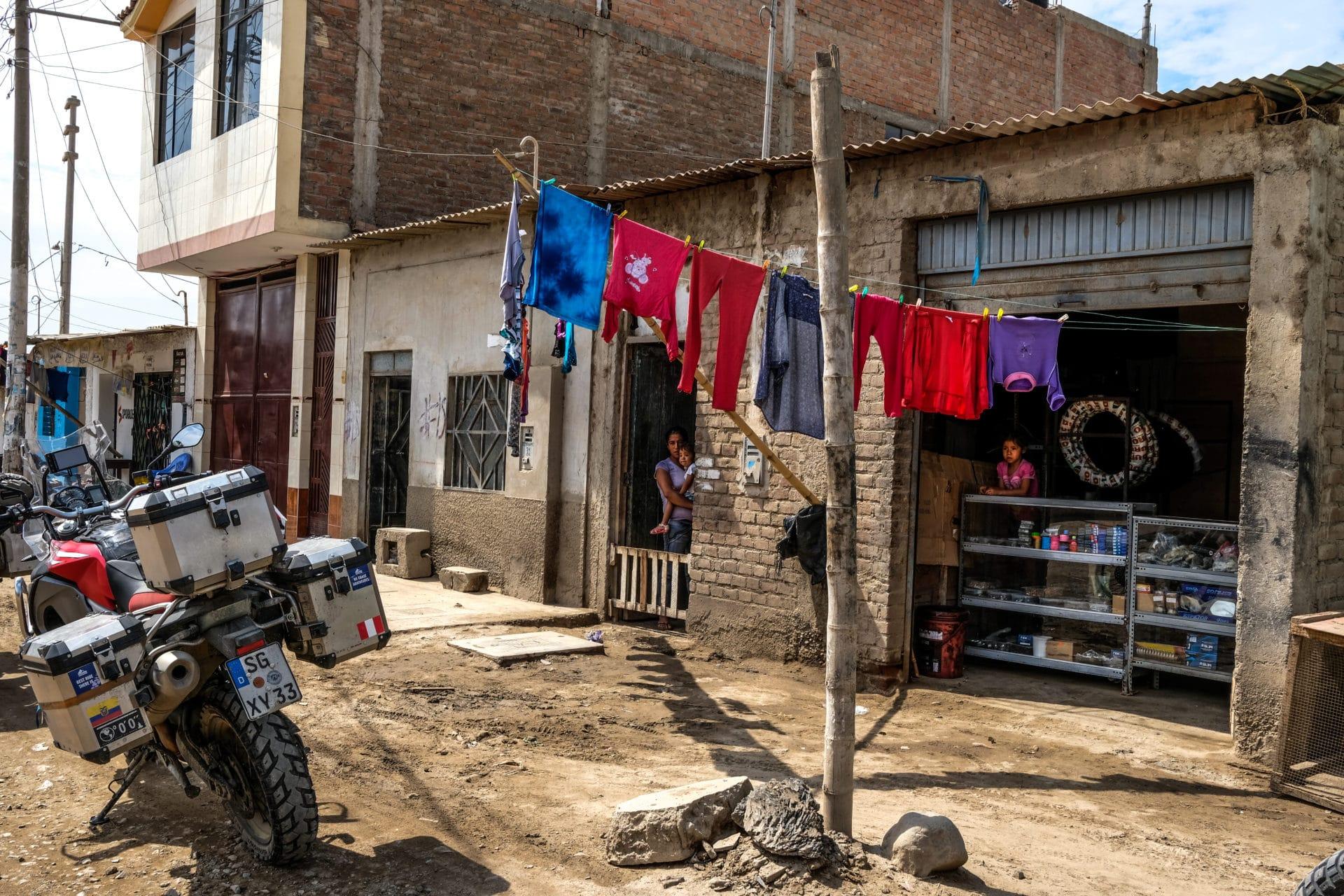 Peru neighborhood-2
