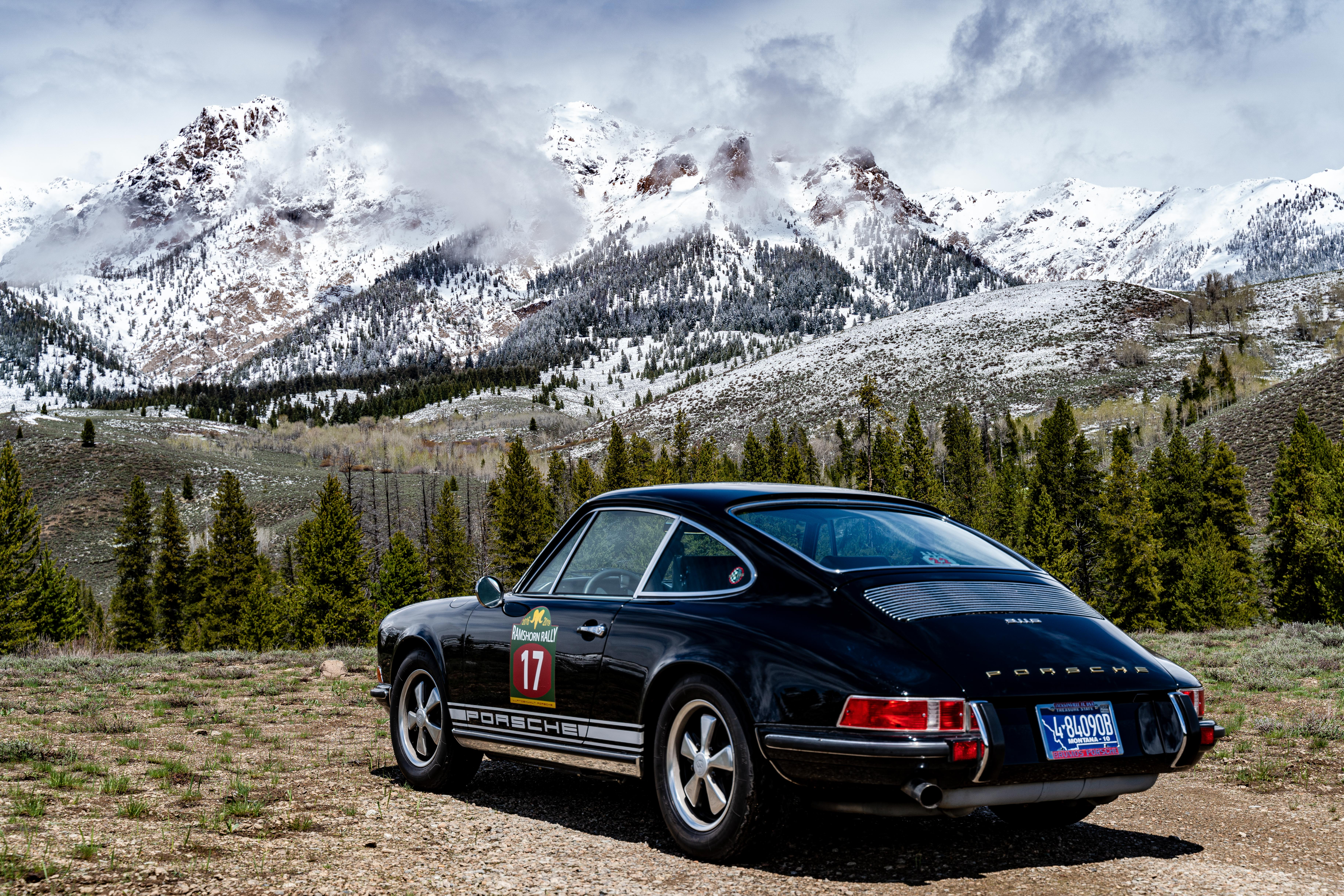 911s hind quarter into moutains 2